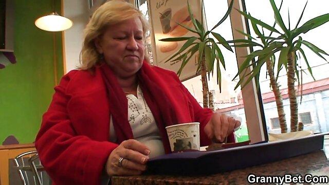 成熟した妻クソ彼女の彼氏 無料 エロ 動画 女性 用