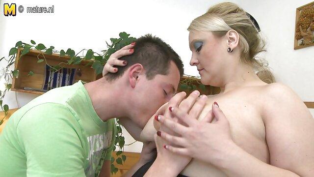 ジュリア-アンと少年と 女の子 用 アダルト 動画