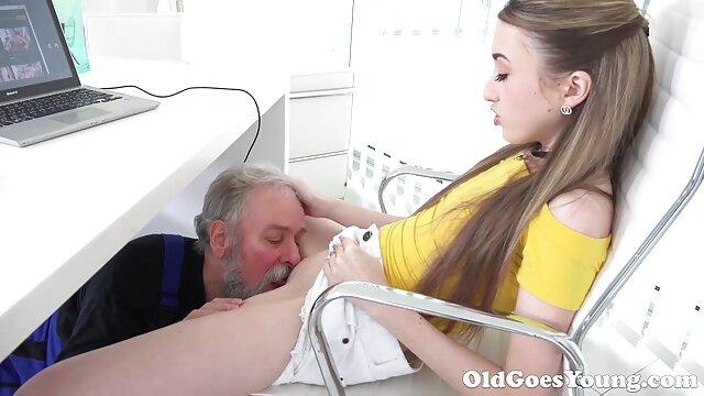 熟女は十代の猫を性交したい 女の子 の 為 の 無料 アダルト