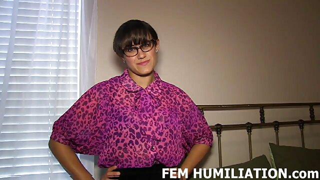 女の子をレイプする狂った科学者のグループ 女の子 の ため の アダルト ビデオ