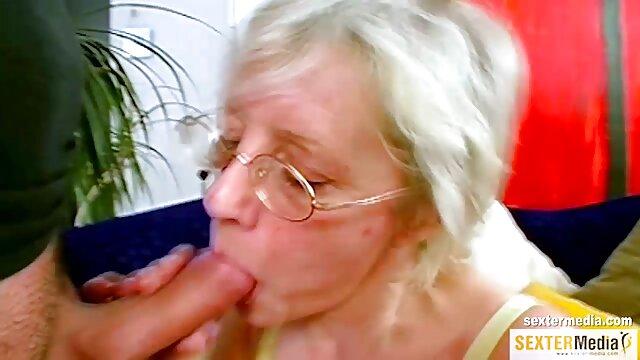 角質ティーンfucks彼女の友人 女の子 用 アダルト 動画